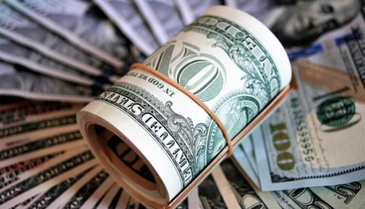 money-dollar-roll-1024×683-1.jpg