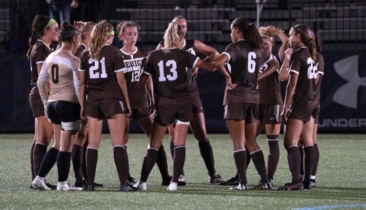 Women_s_Soccer_Team_DSC08977.jpg