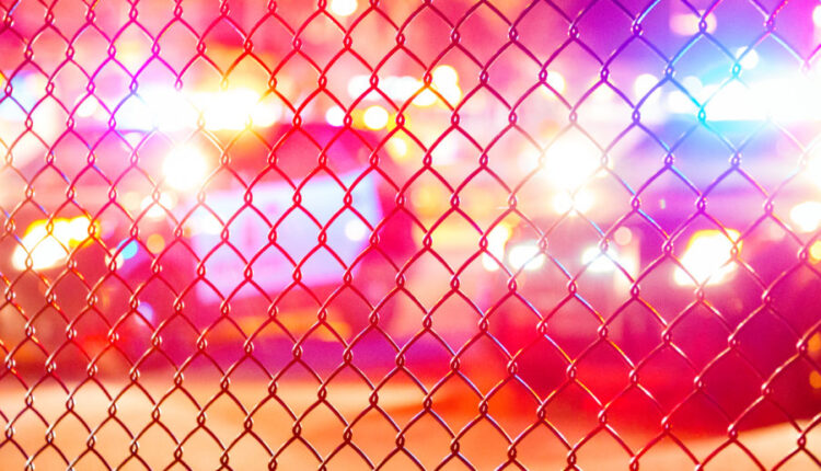 Red_and_Blue_Lights_-_BLM_4th_Precinct_Minneapolis_Police_23493416345-1078×516-1.jpg