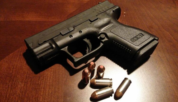 GUNS-AND-AMMO.jpg